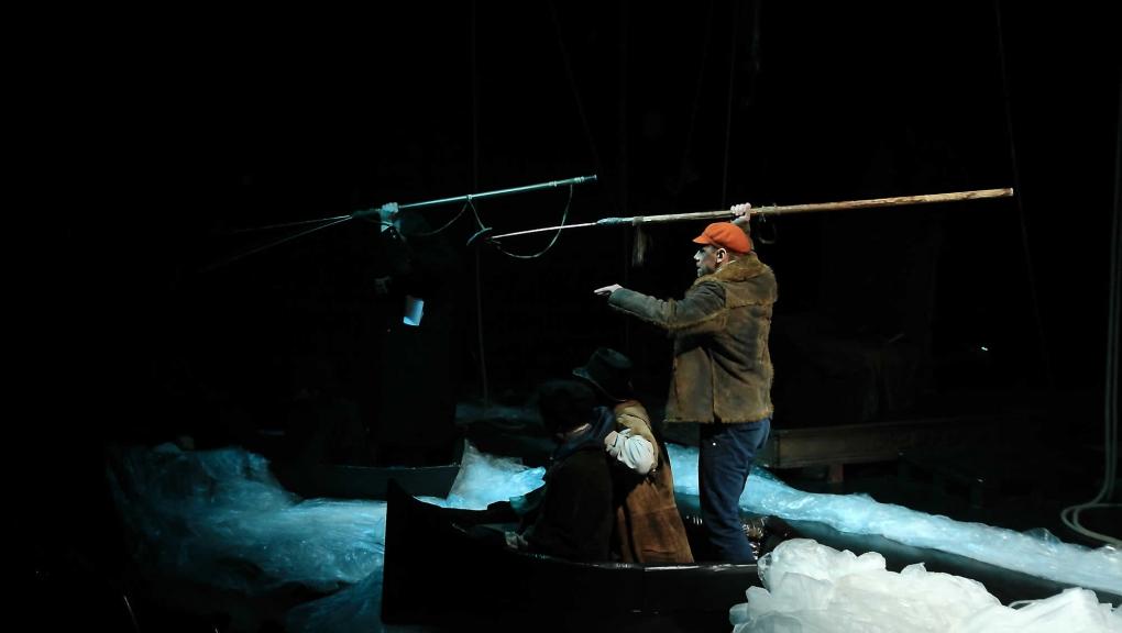 Baleine à plume, une création du Théâtre du Voyageur © B. Quérard