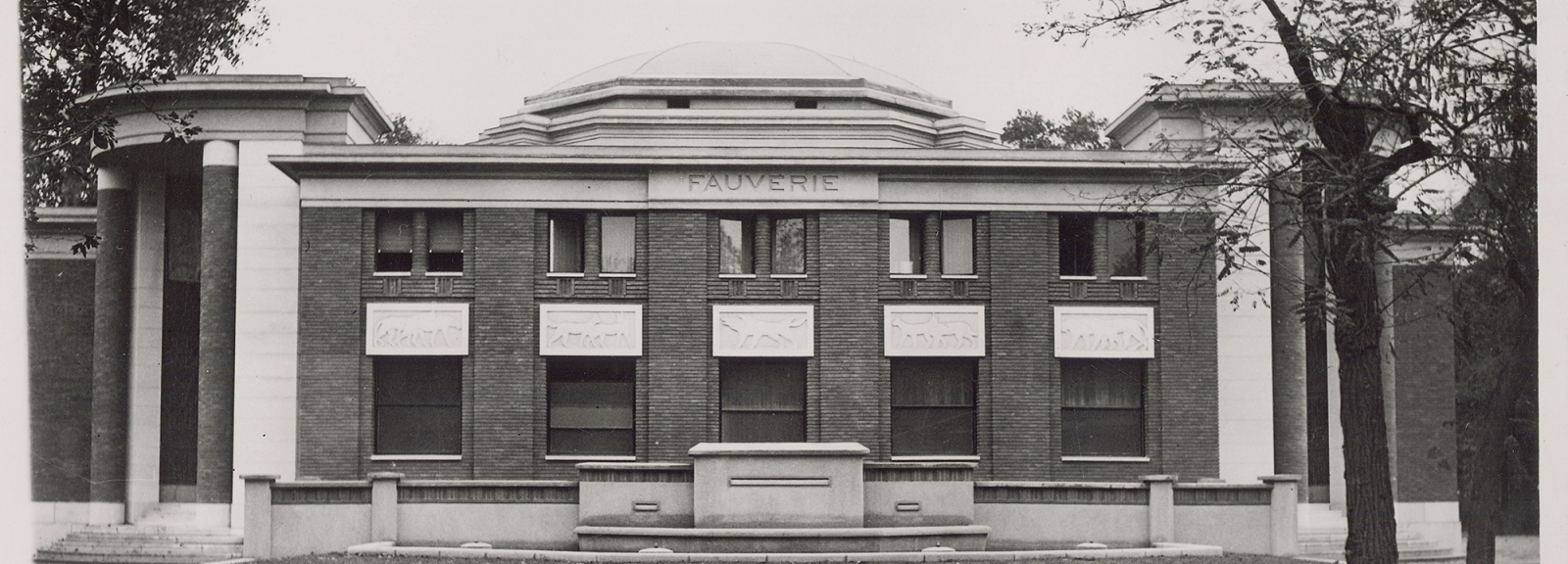 Façade of the Big Cat House, 1937 © MNHN - Bibliothèque centrale