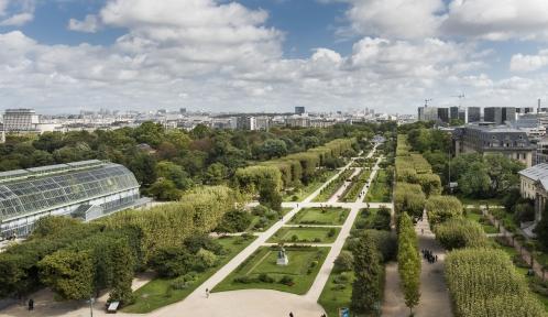 Le Jardin des Plantes vu depuis le toit de la Grande Galerie de l'Evolution © MNHN - Agnès Iatzoura